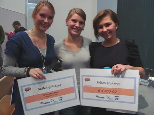 De blije winnaars: Joyce Boijmans, Lina Baranowski en Dzanella Tihic.