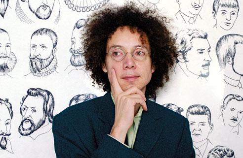 Minder bekend is dat Malcolm Gladwell ook tienduizend uur oefende op een nonchalante pose.